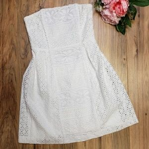 NWOT Laundry by Design Eyelet Lace Strapless Dress